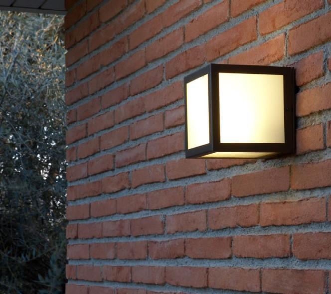 Lamparas ferrumplus interior y exterior l mparas for Apliques exterior modernos