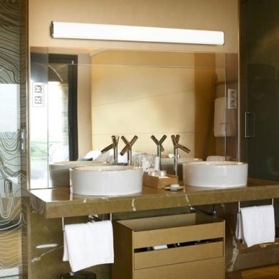 Iluminaci n estancias interior l mpara ba o l mparas for Iluminacion bano led