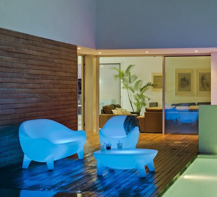Fantástico Muebles De Jardín Iluminado Friso - Muebles Para Ideas de ...