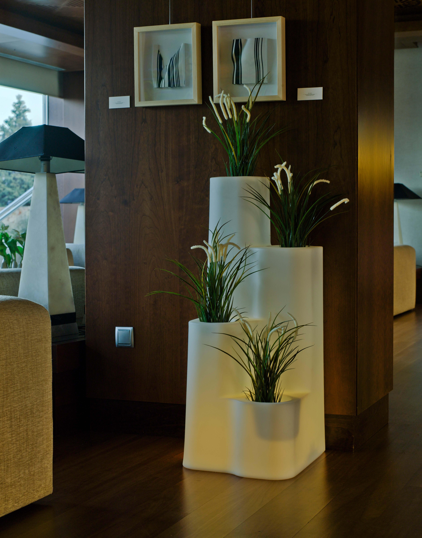 Mobiliario - Maceteros de interior ...