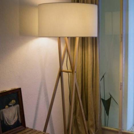 Lámpara de pie Cala, de Marset, lampara de salón