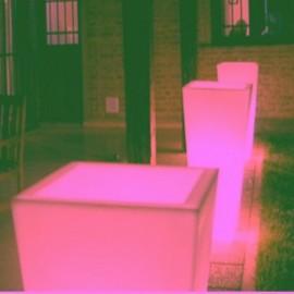 Macetero iluminado Melisa Batería+Solar RGB