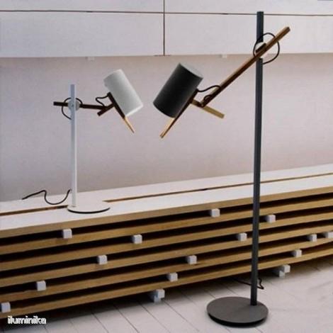 Lámpara de pie Scantling P73 Negro